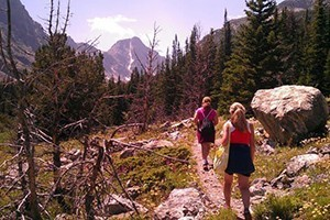 Beartooth Mountain Guides - trek & climb :: The only locally owned-operated guiding and mountaineering instruction service offering year-round recreation in the Beartooth Range of Montana. Guiding to our highest peaks.
