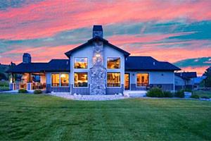 AAA Red Lodge Rentals - Fine Luxury Rentals