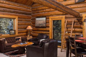 Silver Gate Lodging - Rental Homes near Cooke City