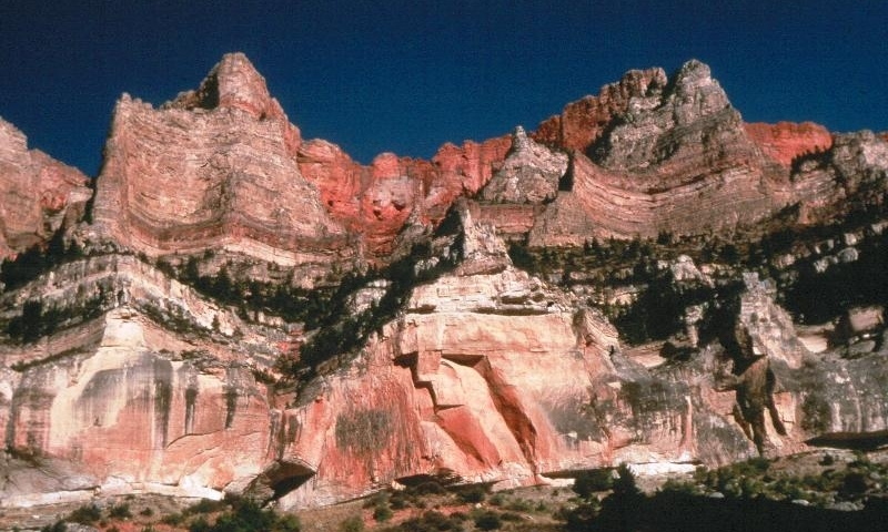Walls of Bighorn Canyon in Bull Elk Basin